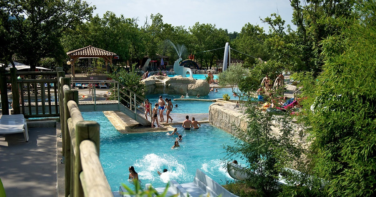 camping vallon pont d'arc mit schwimmbad| ranc davaine camping fluss