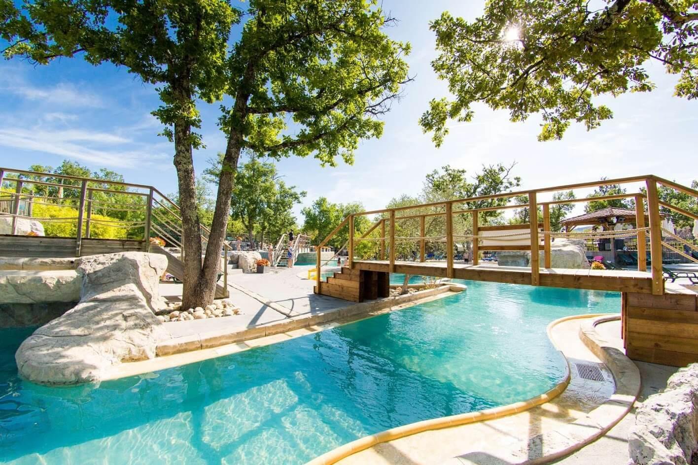 Camping ardeche avec piscine parc aquatique piscine - Camping erdeven avec piscine couverte ...
